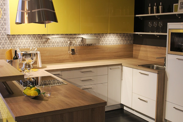 How To Add Pizzazz To Your Kitchen